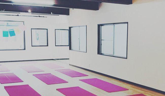 ヨガスタジオ|zen place 下北沢スタジオ(旧ヨガプラス)